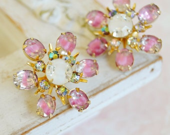 Vintage Clip-On Earrings in Pink and White Star Bursts by Coro