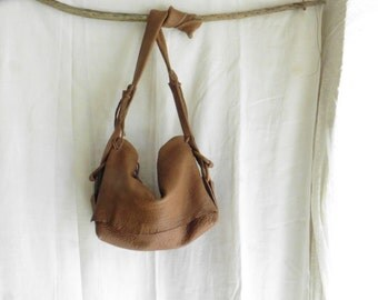 Slouchy Leather Purse in Crossbody Boho Chic Style  - Brown Caramel -   Made to Order