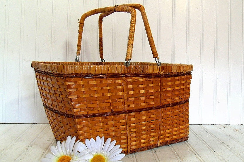 Woven Gathering Basket : Vintage hand woven wicker gathering basket retro rattan