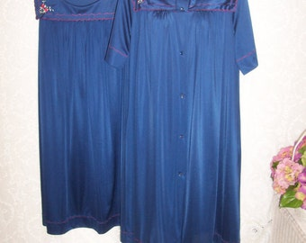 Size Medium - 2 Piece Vintage Robe and Nightgown Set - from Shadowline - Navy Blue - Just Below Knee Length - Made in USA