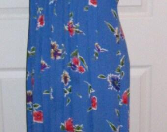 99 CENT SALE Vintage Ladies Blue Floral Print Dress by Worthington Size 12 Now .99 USD
