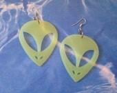 90s Cyber Alien EARRINGS Glow in the dark Alien Earrings / space grunge x-files beleive / ET e.t. extraterrestrial space alien face earrings