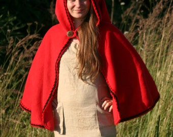 Red riding hood cape - red riding hood capelet - red riding hood cloak - medieval cape -  red riding hood costume - elven capelet