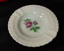 Small vintage Porcelain Ashtray with Pink Rose graphic