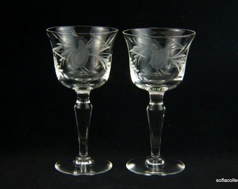 Sherry Glasses / Port Wine Glasses with Gray Cut Leafy Sunflower Pattern - Vintage 1950s Stemware (Pair)