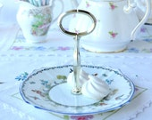 Lovely 1 tier mini cake stand with hand painted birds and flowers and blue rim: vintage English bone china from the 1930s/40s, a pretty gift