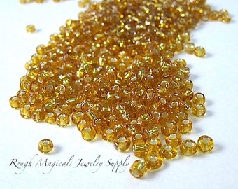Honey Gold Seed Beads. Size 8 - 6 Seed Beads, Small Glass Beads. Fall Color Autumn Trends Golden Yellow Beads DIY Jewelry Making - 1 Ounce