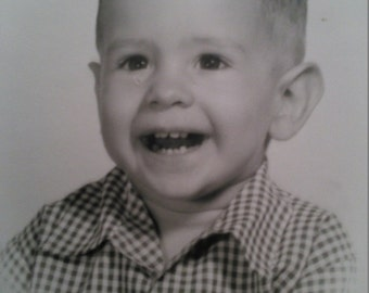 PHOTO 1958 TODDLER BOY - Black and White - 8x10