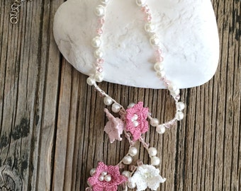Flower Lariat, Bridal Necklace, Oya Beaded Necklace, Wedding Pink Necklace, Crochet Necklace, Pearl Necklace, Crochet Jewelry, ReddApple