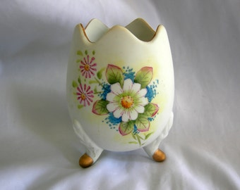Porcelain Egg Vase | Signed LEFTON | Vintage 1960s - 1970s