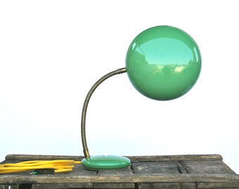 Vintage 1940s green desk lamp with yellow fabric wire