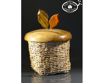 Handcarved And Weaving  Round Basket with Wood  Lid