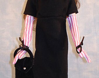 15-16 Inch Fashion Doll Clothes - Shopping at Eaton's Outfit made by Jane Ellen to fit 15-16 inch fashion dolls