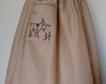 1950s Souvenir style, hand embroidered dirndl skirt, with pockets, beige