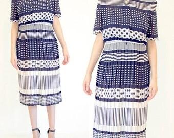 80s 80s Clothing VINTAGE Clothing Clothing DRESS UNDER 100 Dress Midi Dress Casual Dresses Casual Dress Summer Dresses Summer Dress 1980s M