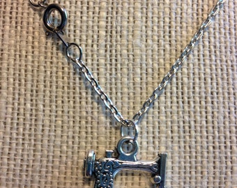 """18"""" Silver Sewing Machine Necklace"""