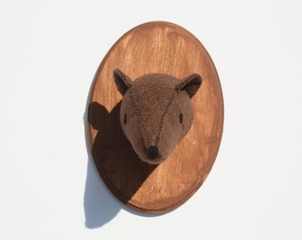 Brown Bear / Grizzly Bear faux taxidermy on wooden mount