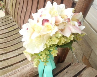 Beach Wedding Pink Real Touch Calla Lily Cascading Beach Bouquet / Silk Bridal Bouquet / Silk Wedding Flowers / Calla Lily Tropical Flowers