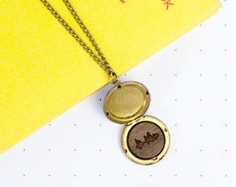 PERSONALISED SOUND LOCKET Necklace. Secret Voice Message or Song Wave Engraved Wooden Token Gift  Special Sentimental Present For Her Mother