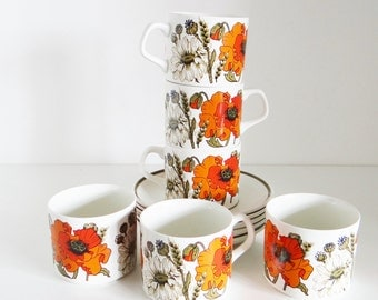 Vintage Tea Coffee Cups And Saucers by J & G Meakin, England Set of Six Poppy Design Red Orange 1970s