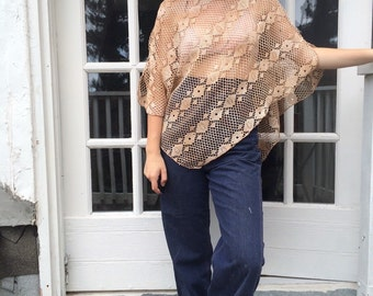 90s Peachy Crocheted Poncho