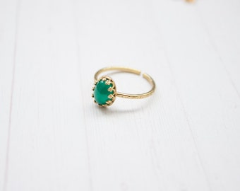 Hammered Brass Green Agate Stacking Ring