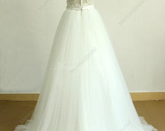 Open back ivory A line romantic lace tulle wedding dress with deep V cutting
