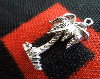 Vintage Palm Tree Charm Sterling Silver Charm for Bracelet from Charmhuntress 02086
