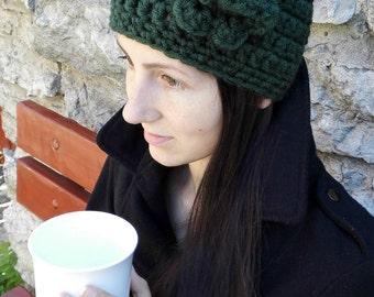 Warm green winter hat. Hat with flower. SALE
