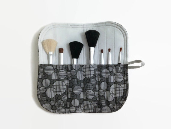 Mini Makeup Brush Roll Case - Grey Geometric Circles - Women's Makeup Brush Storage Travel Carrier Holder