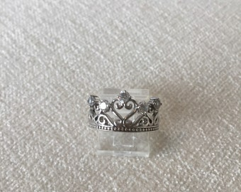 Sterling crown ring size 7