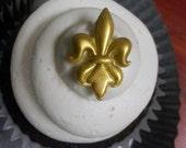 Edible Fleur De Lis Saints Cupcake Topper and Cake Accent (48 GOLD)