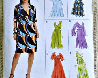 Uncut Vogue pull over Misses dress// Vogue V8575