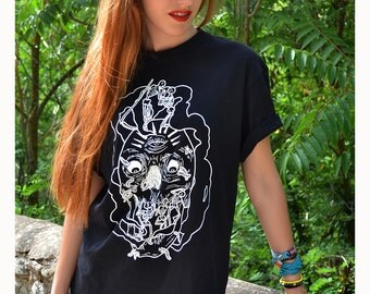 Woman T-shirt · Skull / Skeleton