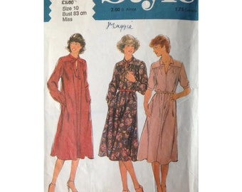 STYLE Seventies Dress Size 10 SEWING PATTERN 2537