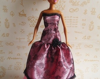Pink satin and black lace prom dress, especially for Barbie My Scene