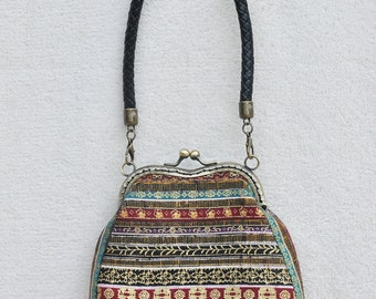 bag with a kiss lock