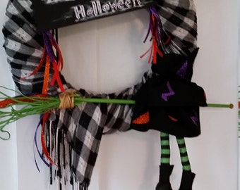 Witch with broom Halloween wreath, scary Halloween wreath, witch on broom Halloween wreath, Halloween front door wreath, holiday wreath