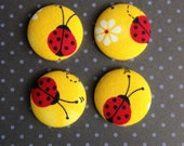 4 Fabric Magnets - White Daisy Flower Yellow Red Ladybugs - Kitchen - Home - Office - Apartment - Dorm - Decor - Favors - Command Center