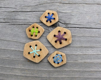 "Six hole buttons (5/8"", 3/4"", 1"", 1.25"") Card of 4 Bamboo Wood Buttons"