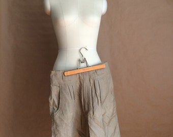 WEEKEND SALE 25% OFF / vintage 1990's slouchy pleated waist shorts / khaki baggy shorts