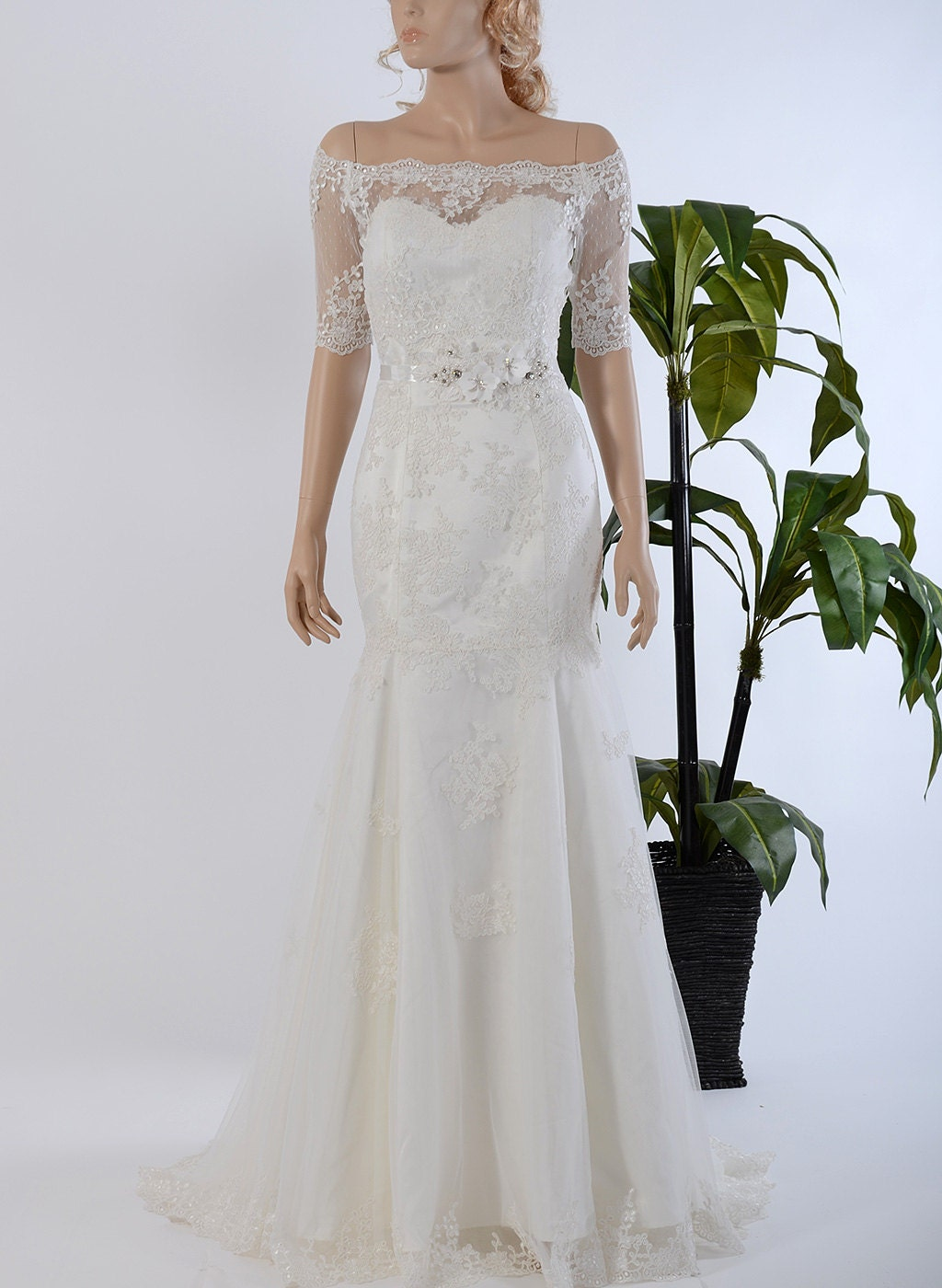 Mermaid strapless lace wedding dress with off shoulder bolero for Wedding dress lace bolero