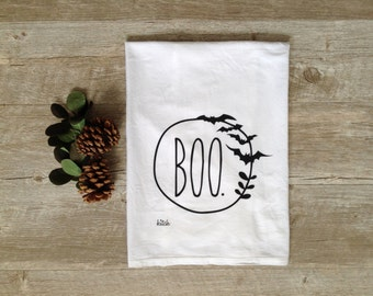 Halloween Tea Towel - Boo Wreath Autumn Kitchen Towel Flour Sack Towel Pumpkin Orange Autumn Fall Holiday Towel Halloween Decor