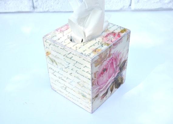 Shabby chic tissue box cover wood tissue klennex box cover for Tissu shabby chic