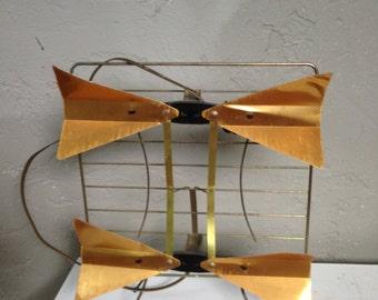 Mid -Century antenna