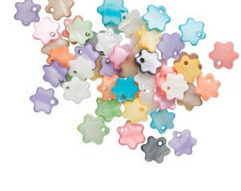 Mother of Pearl Flat Flower Drop beads - Mixed Assorted - 13mm - Package of 100
