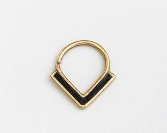 Statement Septum Ring, Gold Septum 16g, Edgy Septum Piercing, Gold Piercings, Contemporary Piercing, Statement Piercing,