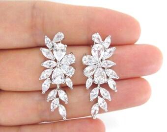 Bridal Earrings Wedding Jewelry Cubic Zirconia Stud Earring Multi-Stone Cluster Earrings Bridesmaids Gift Chandelier Earrings (E194)