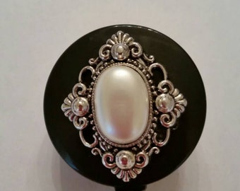 Retractable Badge Holder, Retractable Badge Reel, ID clip, ID Holder with alligator clip, silver OR gold and pearl medallion, free shipping!