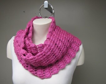 Handmade Crochet infinity Scarf for Women, Pink Red Purple Infinity Scarf Girls